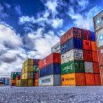 Sea cargo service vs. Air cargo service in Dubai