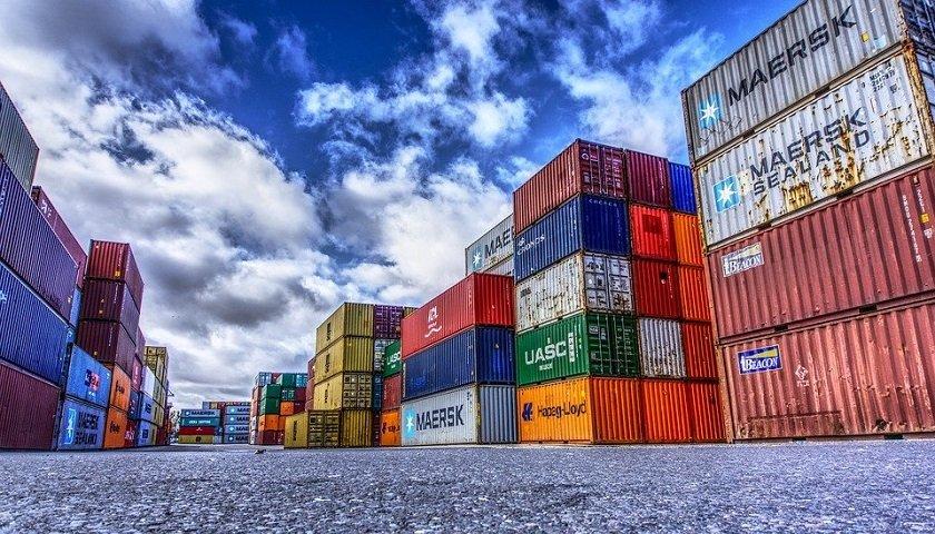Sea cargo vs Air cargo
